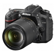 2016 Nikon D7200 DSLR Camera with 18-140mm Lens